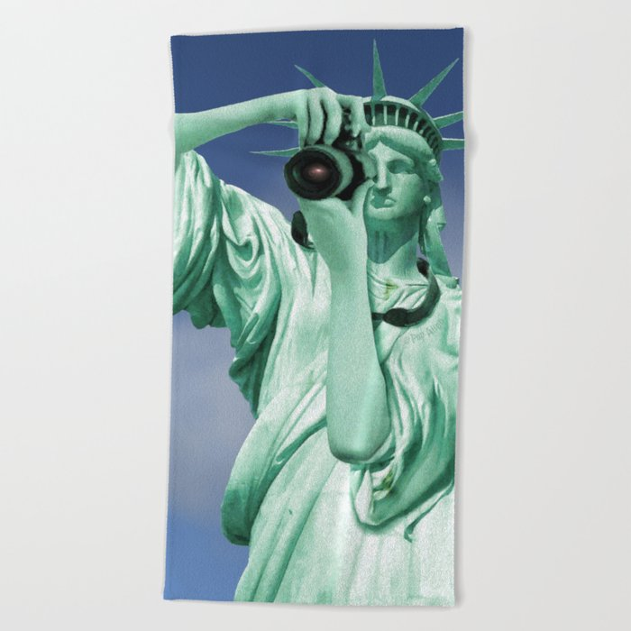 Say cheese for Liberty! Beach Towel