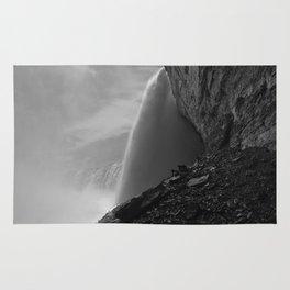 Journey behind the falls Niagara Rug
