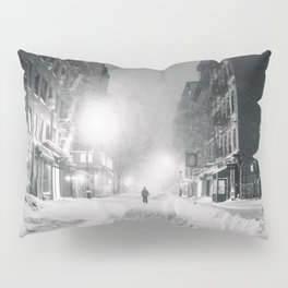 Alone in a Blizzard - New York City Pillow Sham