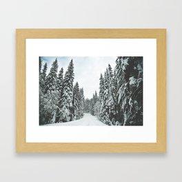 WALKING IN A WINTER WONDERLAND Framed Art Print