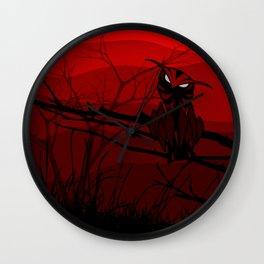 Búho M Luna roja Wall Clock