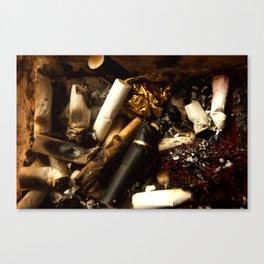 full ashtray Canvas Print
