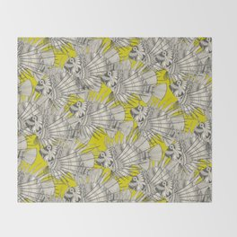 fish mirage chartreuse Throw Blanket