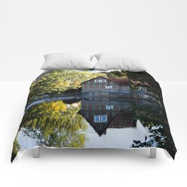 Former lock keeper's house Comforters