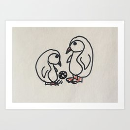 PINGUINI E CALCIO Art Print