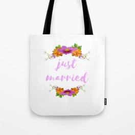 Just Married - Cool Flower Design Tote Bag