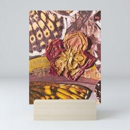 golden rosie Mini Art Print