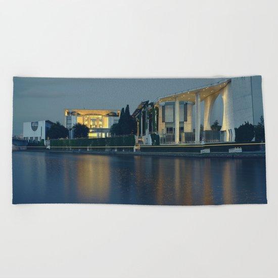 Kanzleramt Berlin Beach Towel