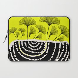 ginko biloba leaves in yellow and black Laptop Sleeve