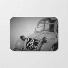 Flying Dustbin Bath Mat