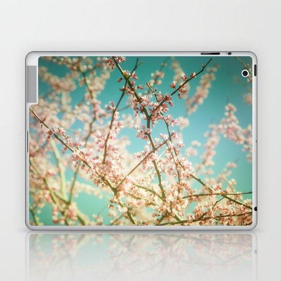 Daydream... Laptop & iPad Skin