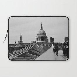 Millenium Bridge and St Paul's Cathedral. Laptop Sleeve