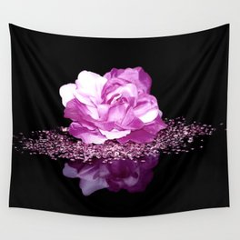 Flower reflexion Wall Tapestry