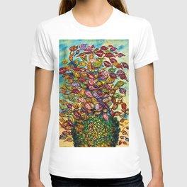 Le grand bouquet by Seraphine Louis T-shirt