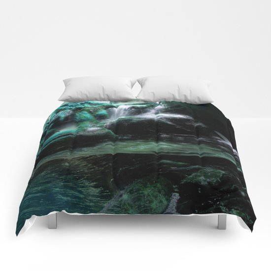 The Tourmaline Showers of the Underground Cavern Comforters