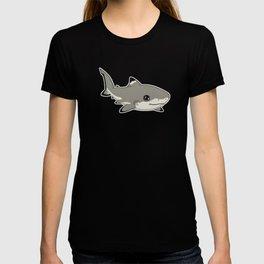 Blacktip Reef Shark (Uncommon animals series) T-shirt