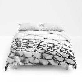 Linked Focus Comforters