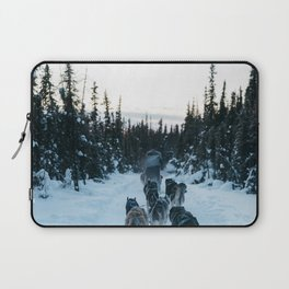 SNOW - HUSKIES - SLED - FOREST Laptop Sleeve