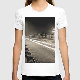 Colorado Street Bridge - Pasadena, CA T-shirt