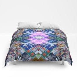 Hong Kong Kaleidoscope 03 Comforters