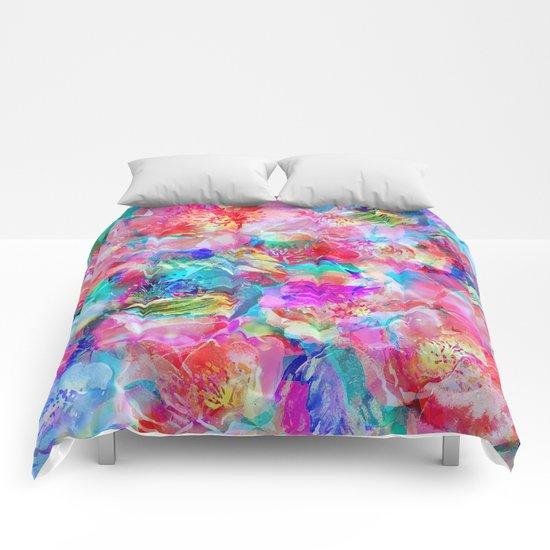 The Taste of Summer Comforters