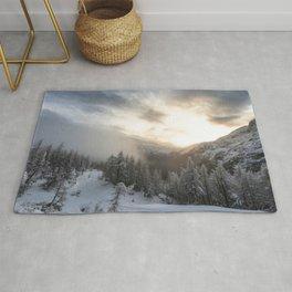 Sun shining at stunning winter scenery Rug