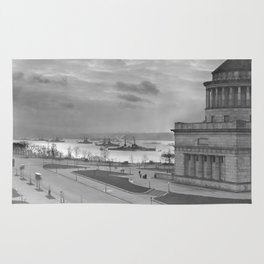 Grant's Tomb and Battleships in Manhattan (1919) Rug