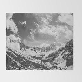 Everest base camp Throw Blanket