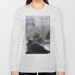 The Pigeon that dared to look back Long Sleeve T-shirt