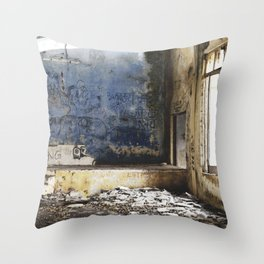 Where there is darkness there is light Throw Pillow