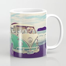 NEVER STOP EXPLORING THE BEACH Coffee Mug