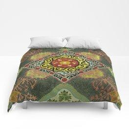 Trompe l'oeil #1 Comforters