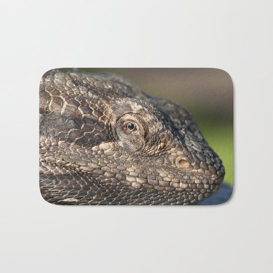 Bearded Dragon watching you Bath Mat