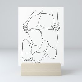 One Line Sexual , Nude Female Body, Minimalist Naked Art, Sensual Erotic Mini Art Print