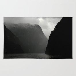 Black Cliffs Rug