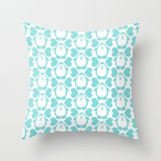 NGWINI - penguin love pattern 3 Throw Pillow