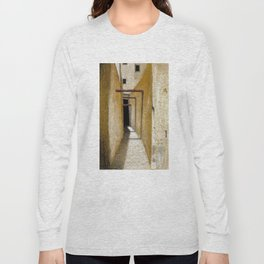 Medina Long Sleeve T-shirt