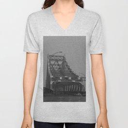 Pont de montréal Unisex V-Neck