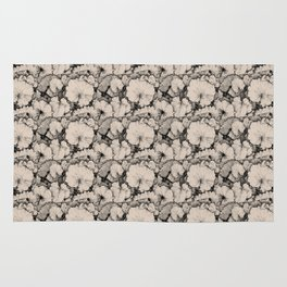 Tussilago Leaves Pattern Rug