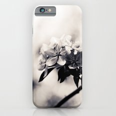 Black and White Flowers Slim Case iPhone 6s