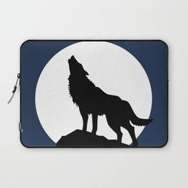 Wolf howling! Laptop Sleeve