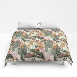 Wild jungle foliage 05 Comforters