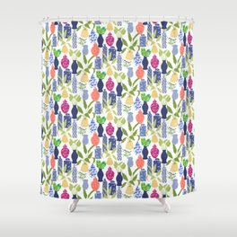 Chinoiserie Vases Shower Curtain