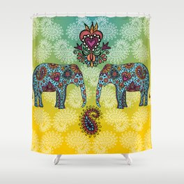 elefantes Shower Curtain