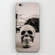 Downtown skull iPhone & iPod Skin