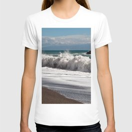 Magic Waves on the Isle of Sicily T-shirt