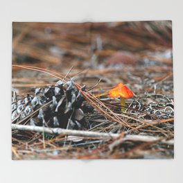 Hammock Hills Mushroom 2014 Throw Blanket
