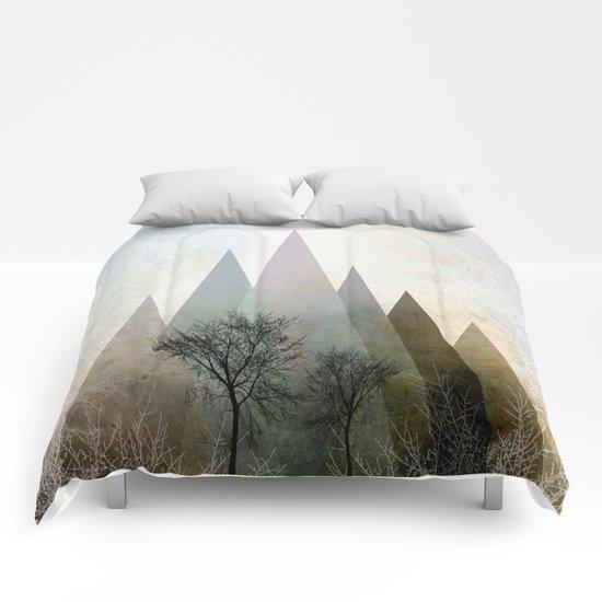 TREES IV Comforters