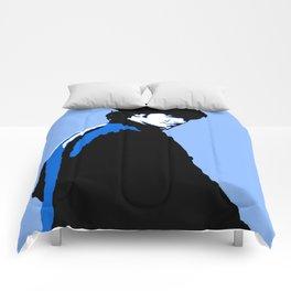 Aidan Turner 8. Comforters