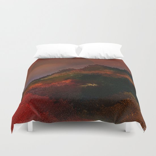 The hill of three pines Duvet Cover